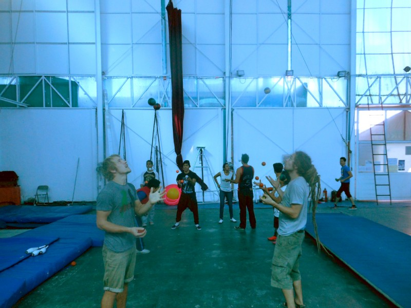 22 - Juggling Class